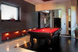 Professional pool table movers in Leesburg content img1